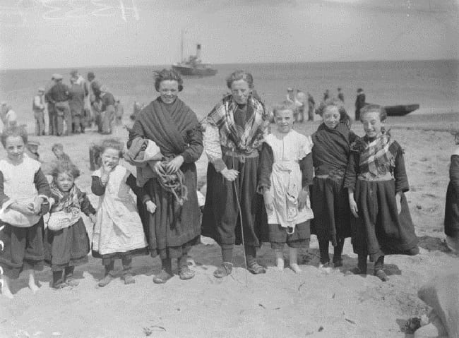 Children on the Aran Islands - Archive Photo