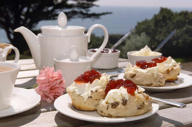 Traditional Irish Scones: A Perfect Summer Snack